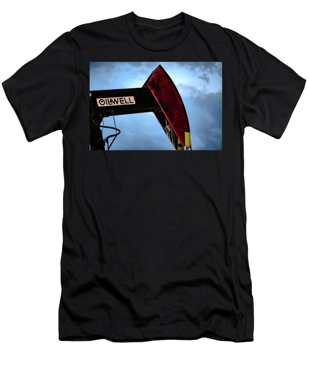 Drillers Club Men's T-Shirt (Athletic Fit) featuring the photograph 2017_09_midkiff Tx_oil Well Pump Jack Closeup 2 by Brian Farmer