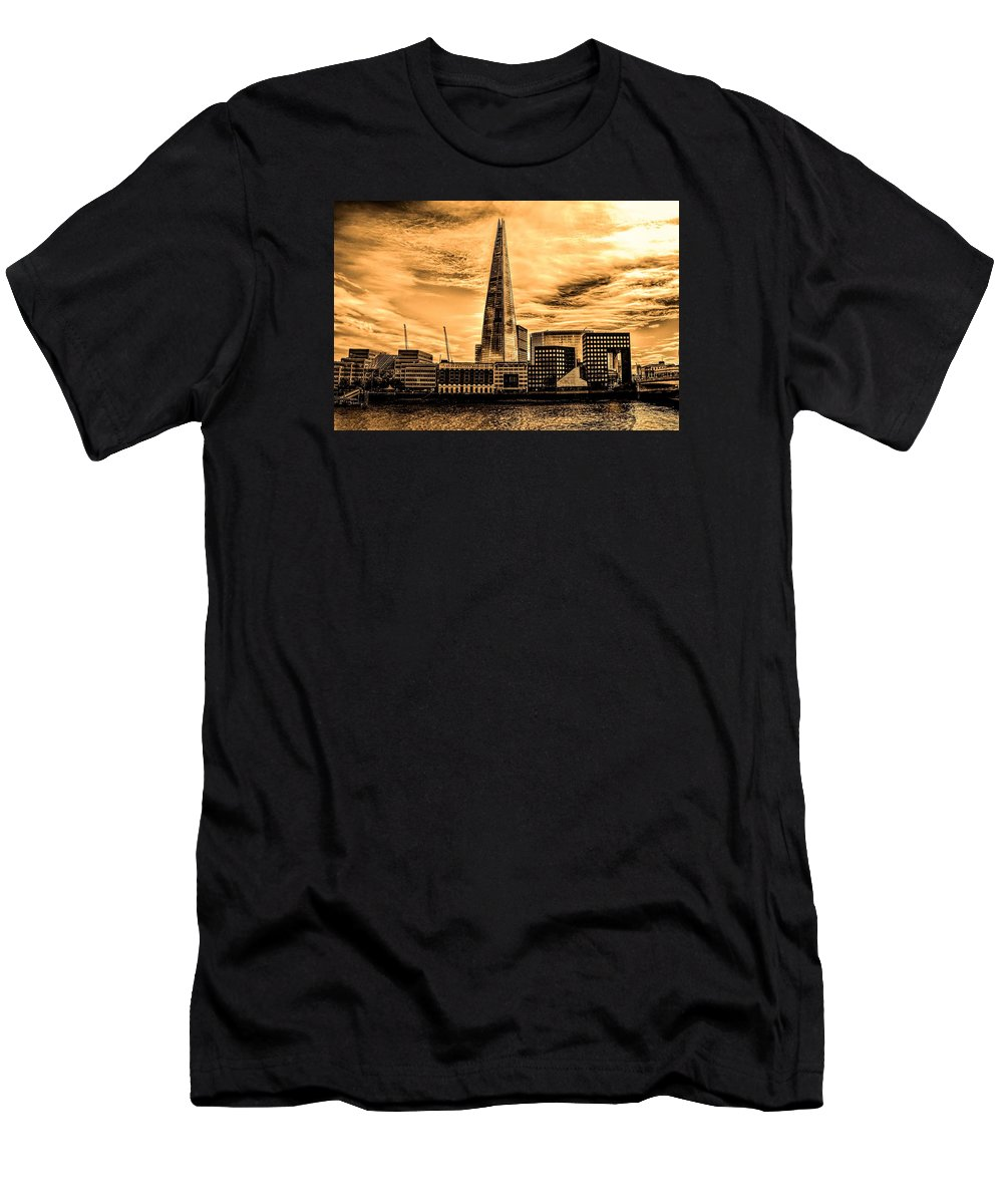 London Men's T-Shirt (Athletic Fit) featuring the photograph London by FL collection