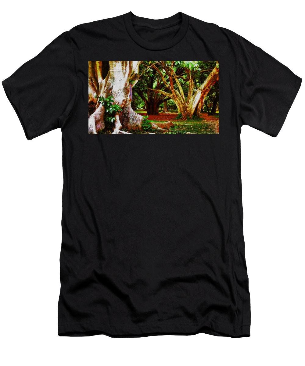 Trees Men's T-Shirt (Athletic Fit) featuring the photograph Old Freinds by Galeria Trompiz