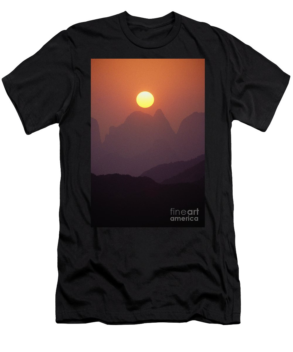 Asian Art Men's T-Shirt (Athletic Fit) featuring the photograph China, Guilin by Joe Carini - Printscapes