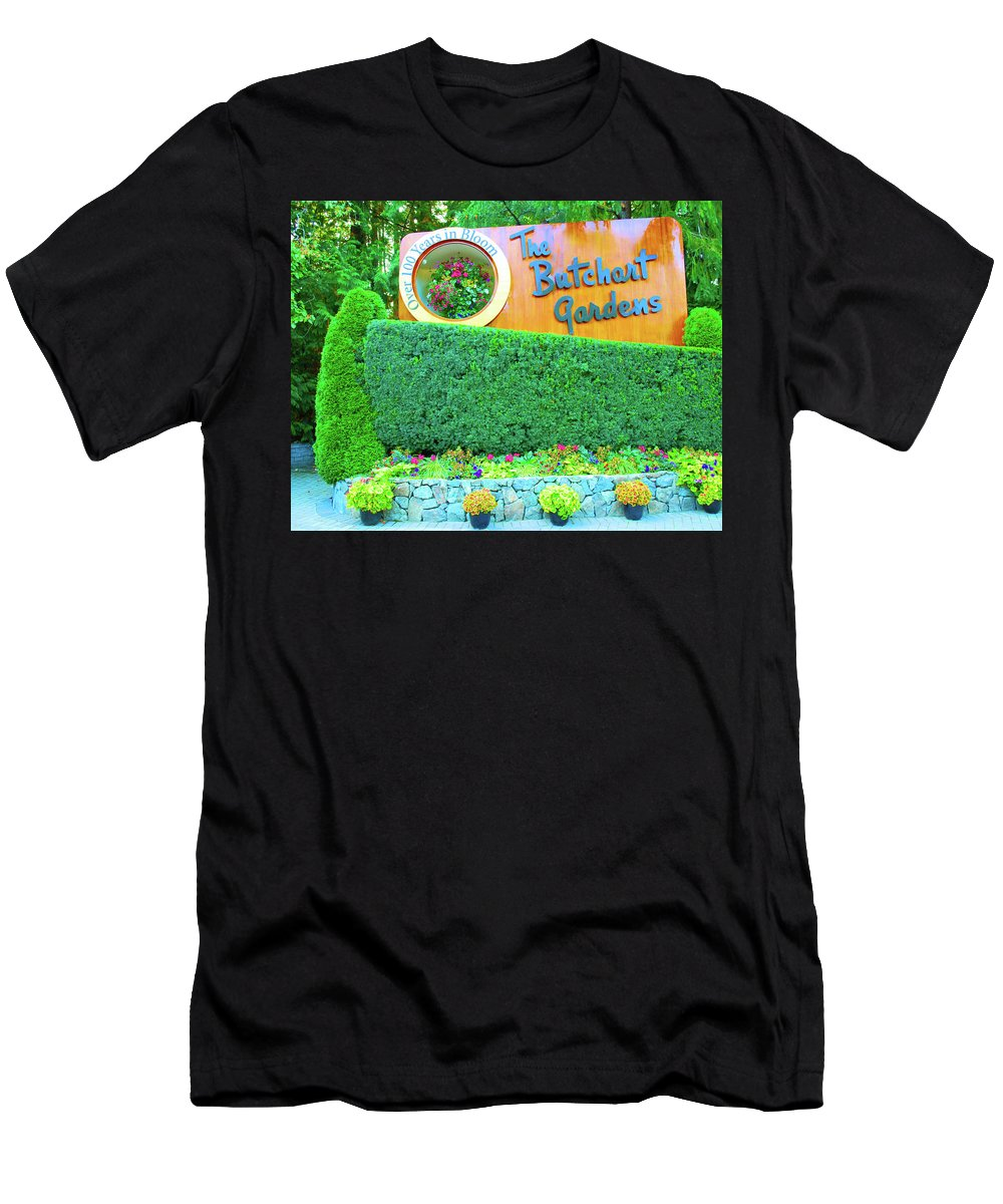 Nature Men's T-Shirt (Athletic Fit) featuring the photograph Butchart Gardens by Richard Jenkins