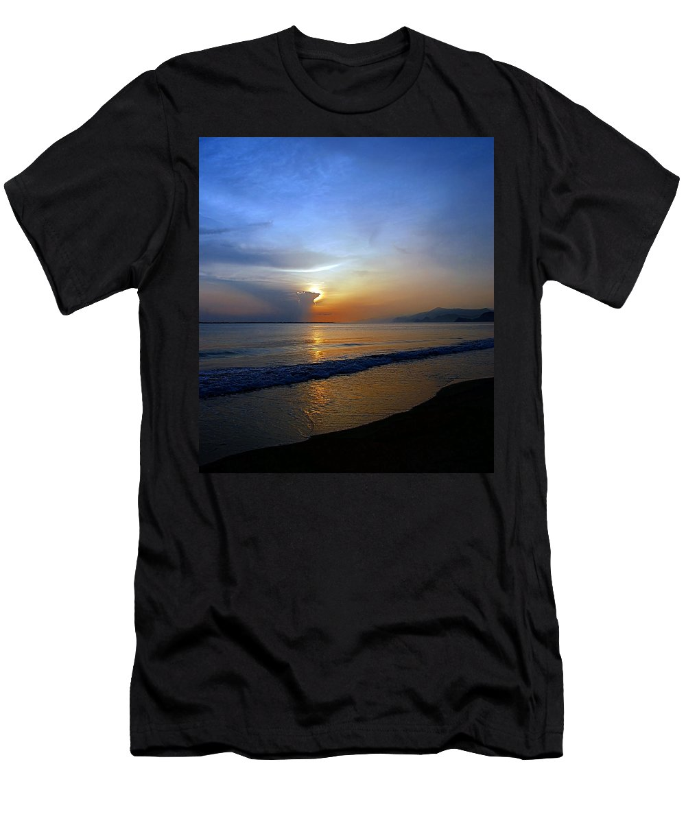 Sunrise Men's T-Shirt (Athletic Fit) featuring the photograph Playa Huequito by Galeria Trompiz