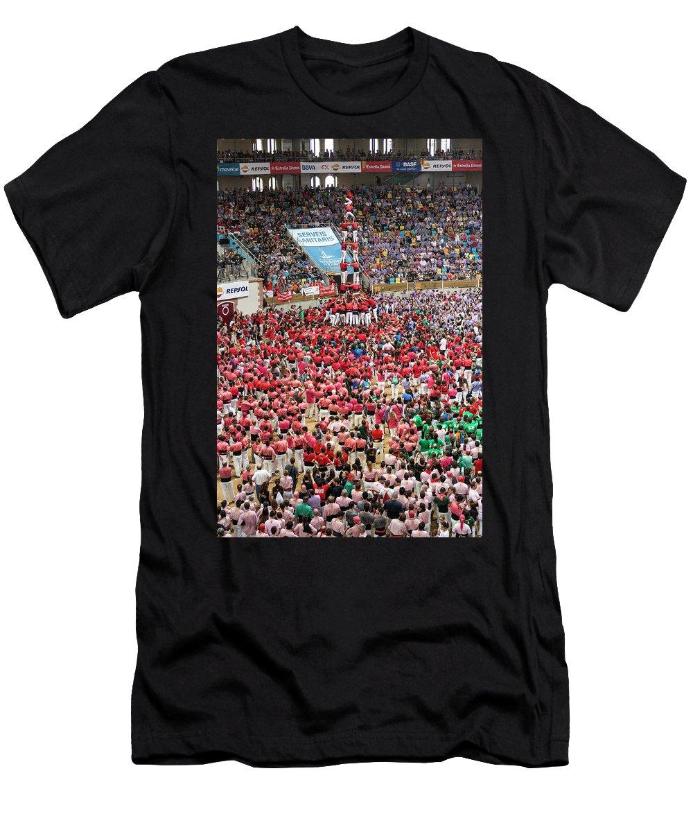 Capgrossos De Matar� Men's T-Shirt (Athletic Fit) featuring the photograph Xxvi Concurs De Castells by David Ortega Baglietto
