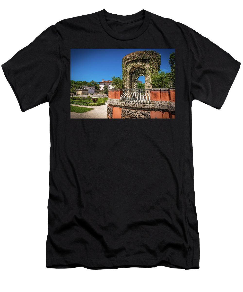 Vizcaya Men's T-Shirt (Athletic Fit) featuring the photograph A Garden Of Love by Vincent Asbjornsen