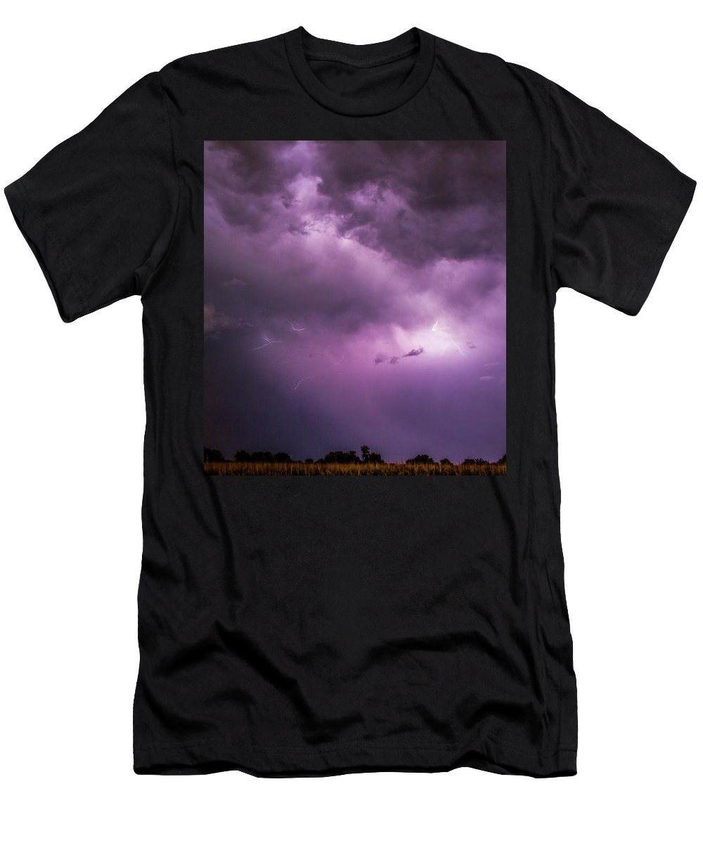 Nebraskasc Men's T-Shirt (Athletic Fit) featuring the photograph A Great Way To End This Chase Day 012 by NebraskaSC