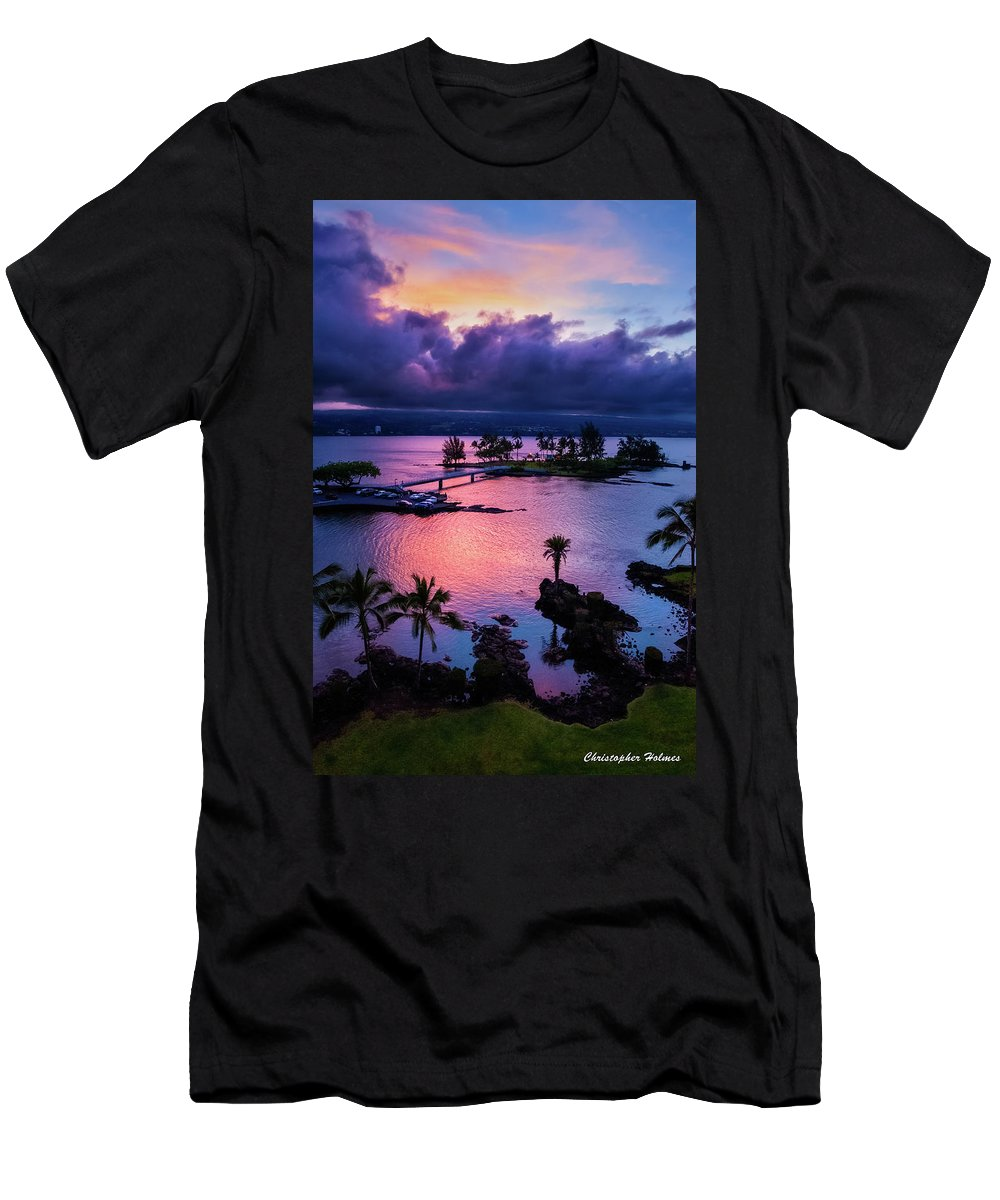 Hawaii Men's T-Shirt (Athletic Fit) featuring the photograph A Hilo View by Christopher Holmes