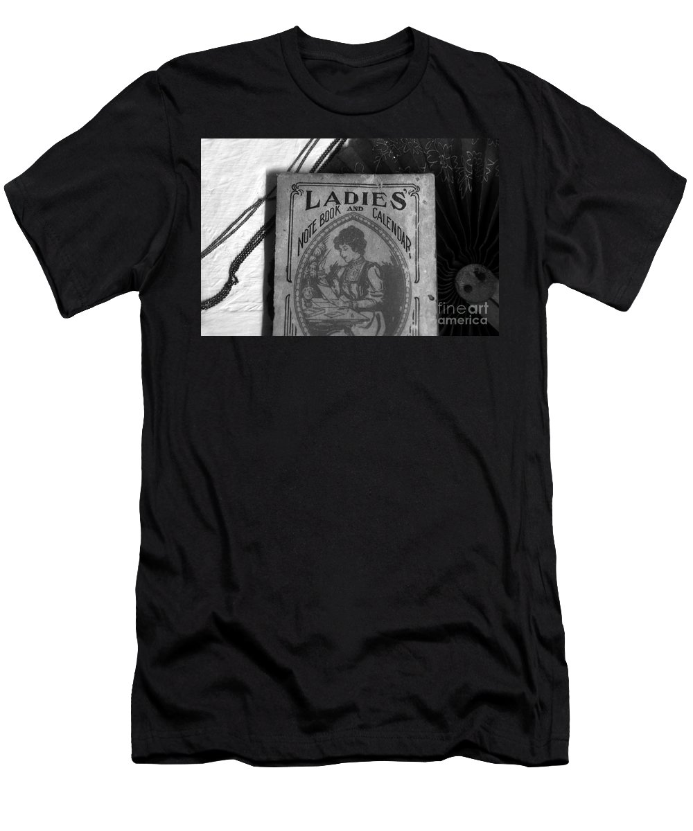 Lady Men's T-Shirt (Athletic Fit) featuring the photograph A Ladies Memories by David Lee Thompson
