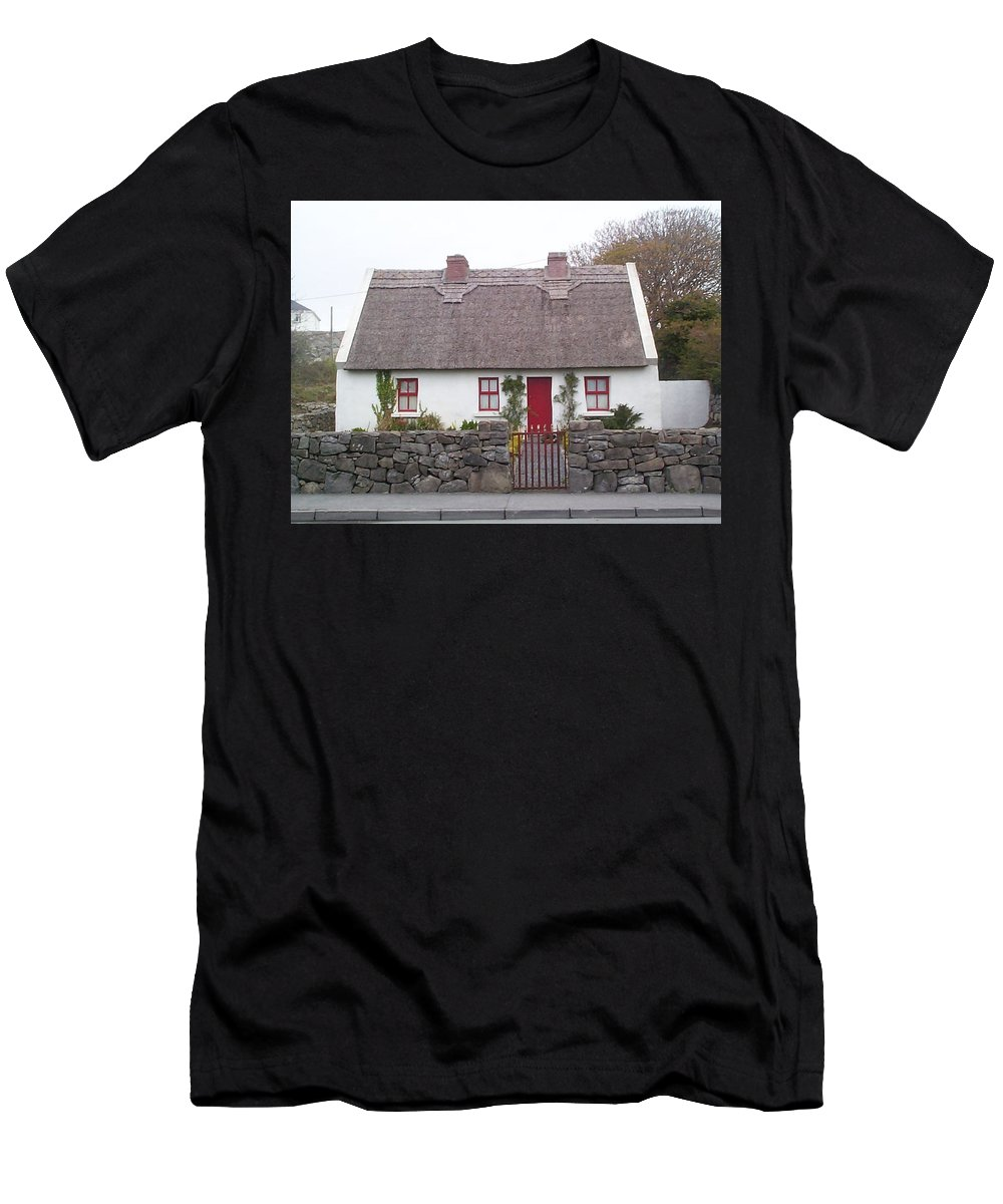 Ireland Men's T-Shirt (Athletic Fit) featuring the photograph A Wee Small Cottage by Charles Kraus