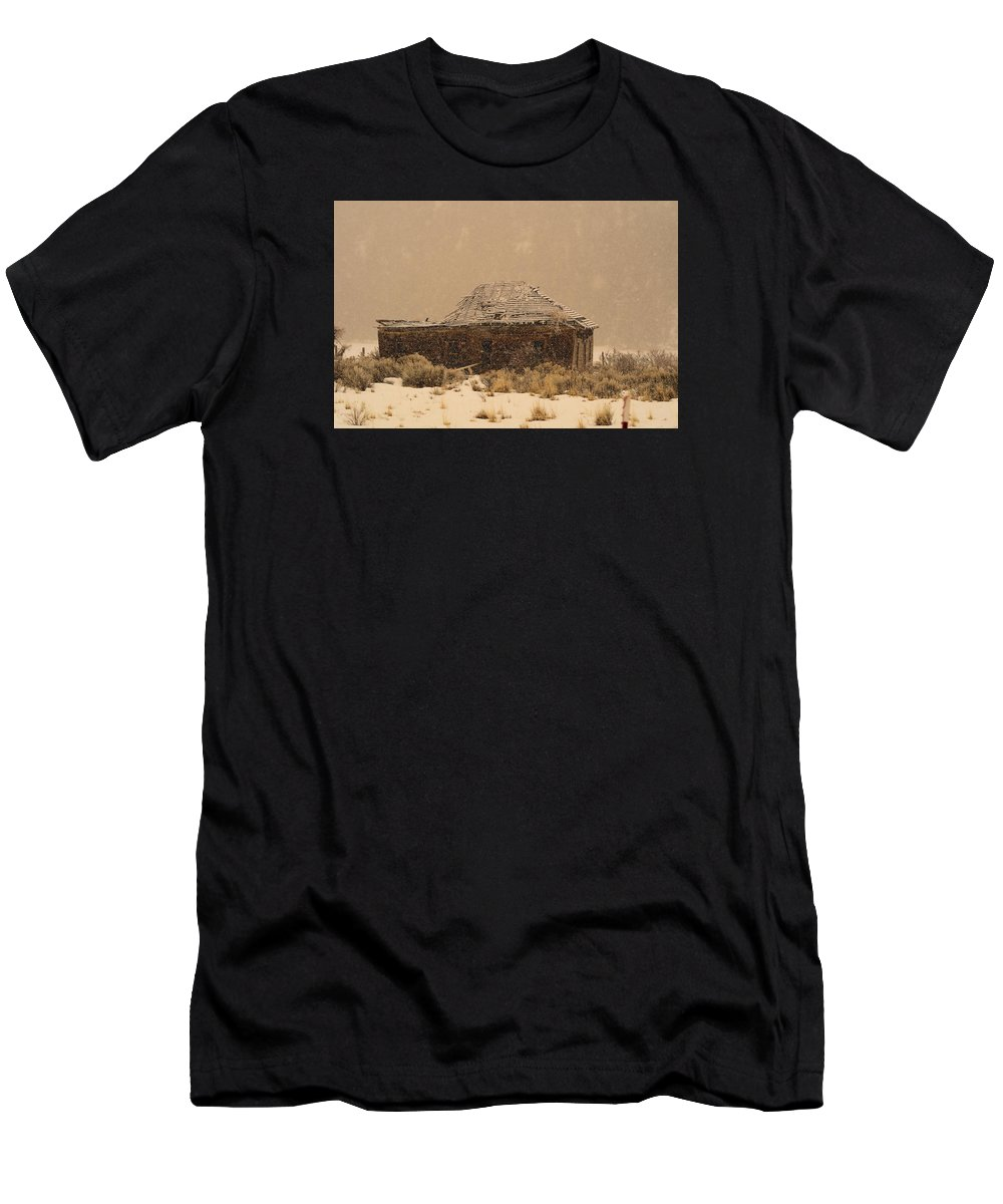 Cabin Men's T-Shirt (Athletic Fit) featuring the photograph Abandoned by Jolene Smith