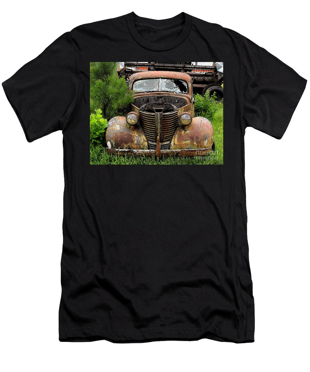 Men's T-Shirt (Athletic Fit) featuring the photograph Al Fresco by Anthony Pelosi