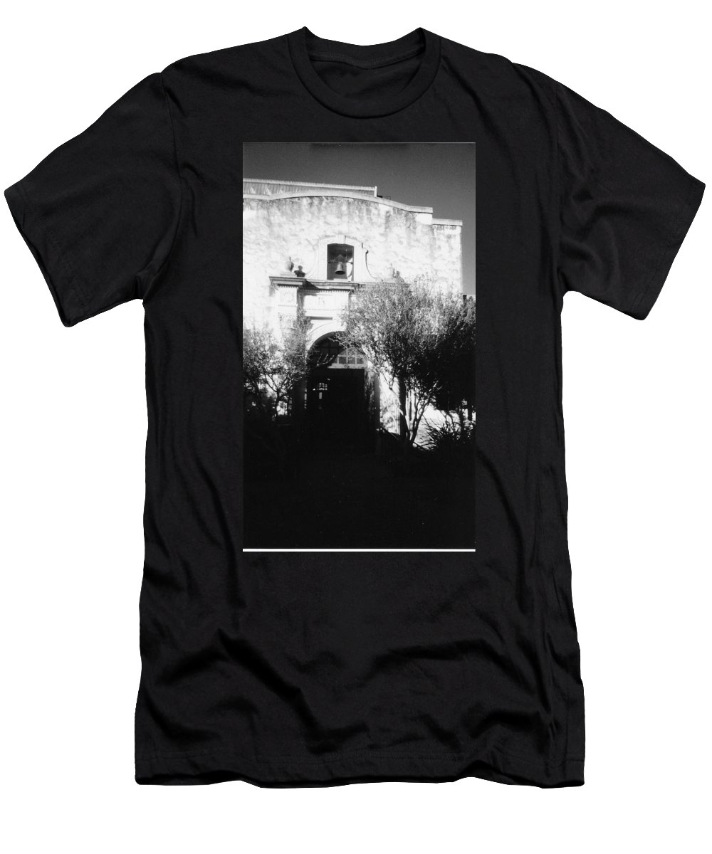 Alamo Men's T-Shirt (Athletic Fit) featuring the photograph Alamo by Pharris Art