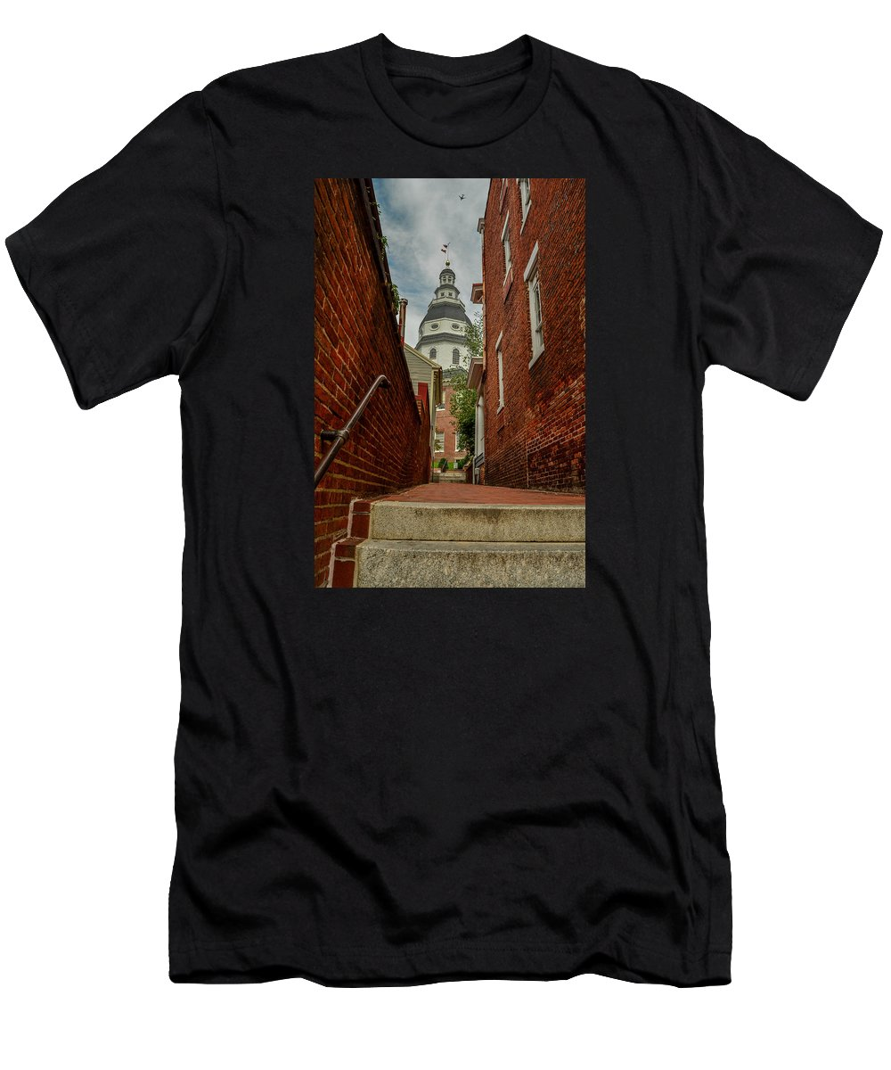 Alley Men's T-Shirt (Athletic Fit) featuring the photograph Alley View by Robert Coffey