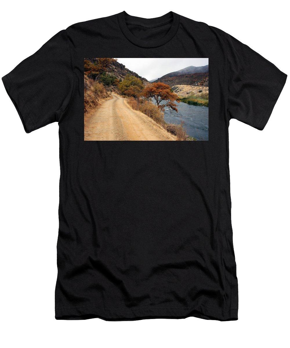 Klamath River Men's T-Shirt (Athletic Fit) featuring the photograph Along The Kalamath - Oregon by D'Arcy Evans