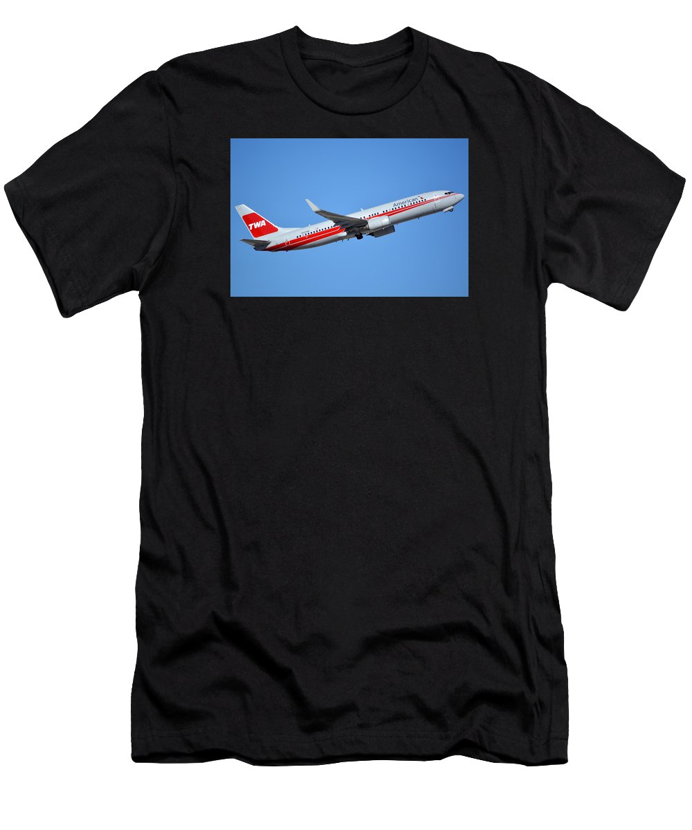 Airplane Men's T-Shirt (Athletic Fit) featuring the photograph American Boeing 737-823 N915nn Retro Twa Phoenix Sky Harbor January 12 2015 by Brian Lockett