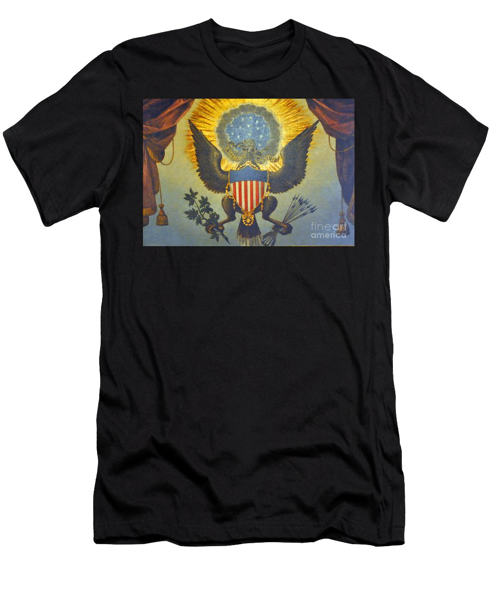 United Men's T-Shirt (Athletic Fit) featuring the photograph American Eagle by Jost Houk