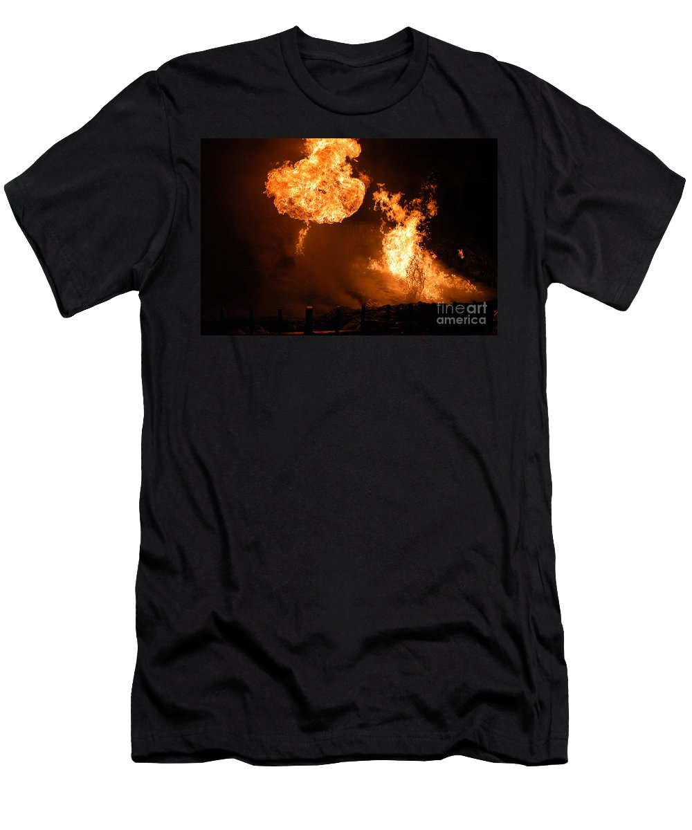 Clay Men's T-Shirt (Athletic Fit) featuring the photograph Angry Face by Clayton Bruster