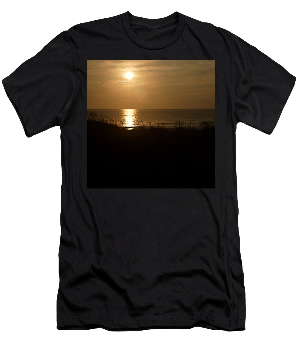 Color Men's T-Shirt (Athletic Fit) featuring the photograph Another Day Ends by Jean Macaluso