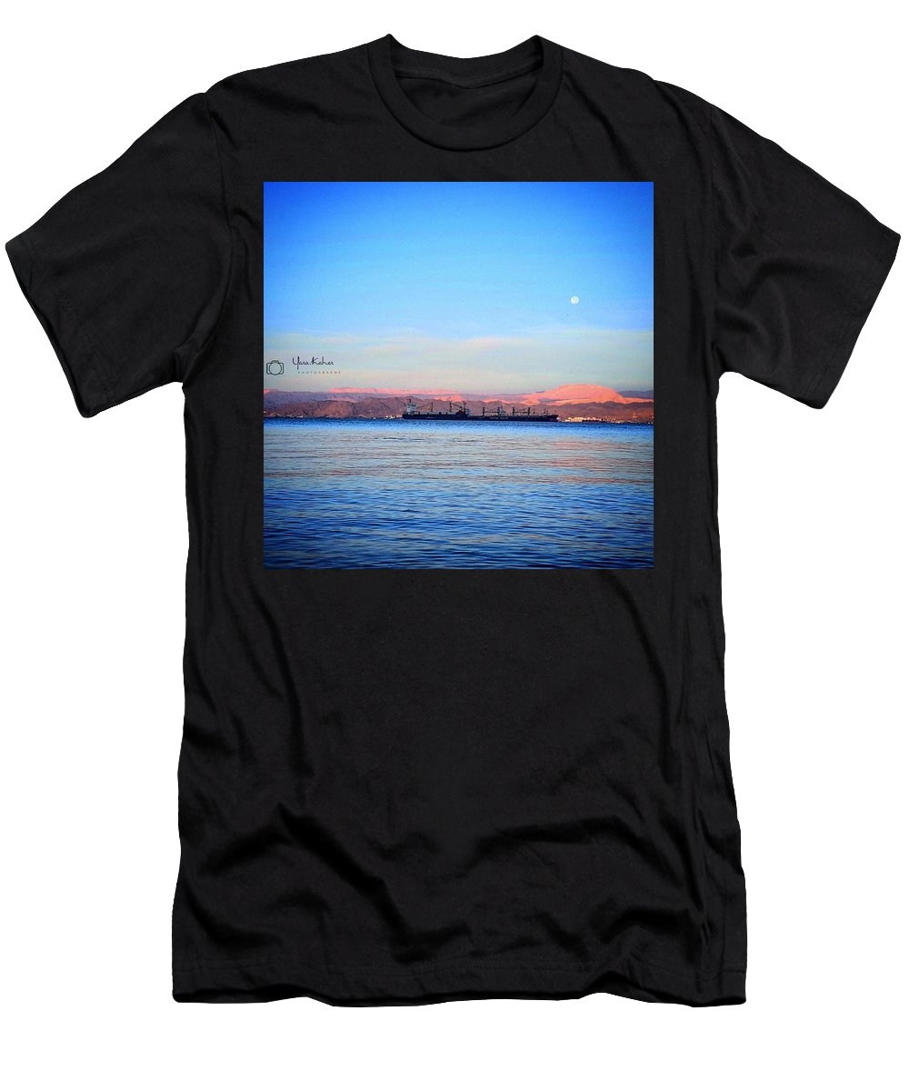 Sea Men's T-Shirt (Athletic Fit) featuring the photograph Aqaba by Yara Thaher