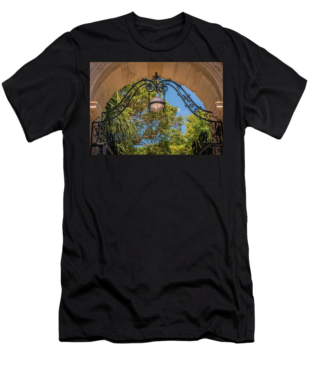 Vizcaya Men's T-Shirt (Athletic Fit) featuring the photograph Arch Of The Past by Vincent Asbjornsen