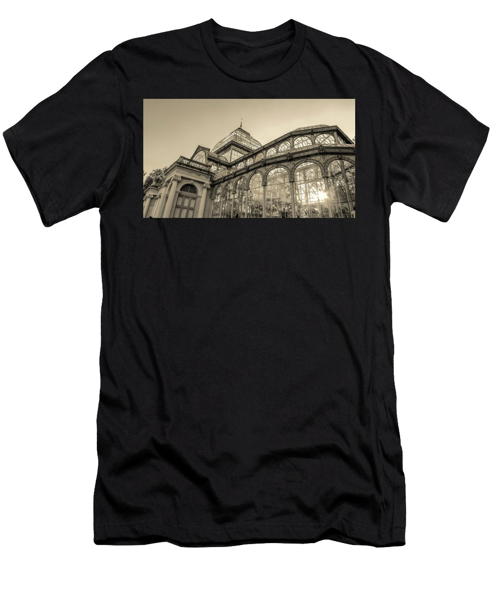 Photography Men's T-Shirt (Athletic Fit) featuring the photograph Architecture For The Light by Ignacio Leal Orozco