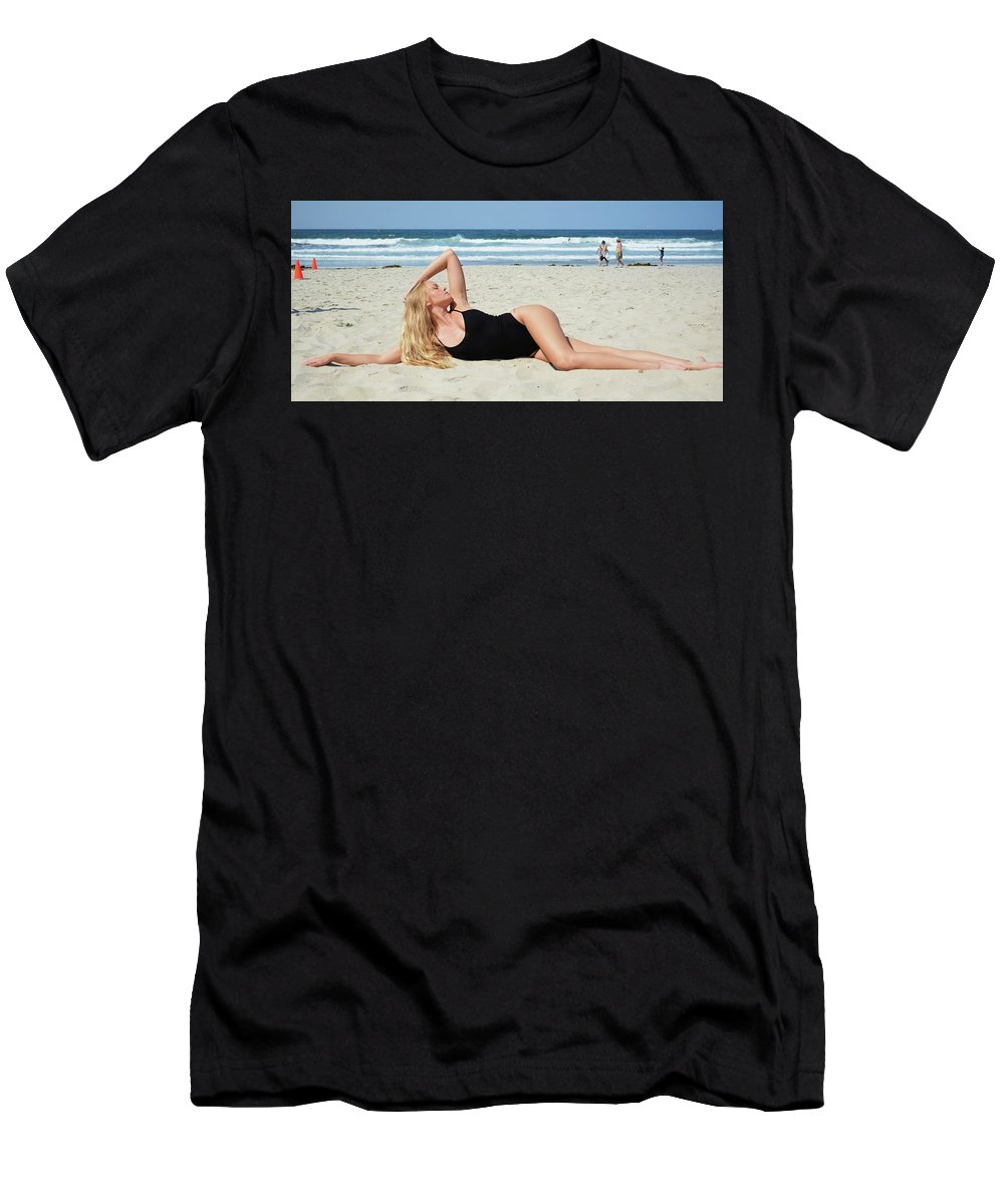 Fashion Men's T-Shirt (Athletic Fit) featuring the photograph Ash318 by Remegio Dalisay