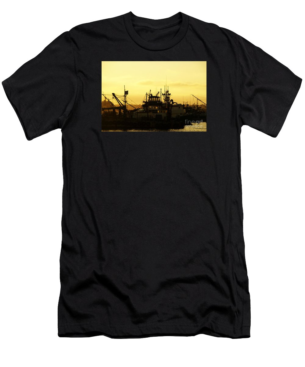 San Diego Men's T-Shirt (Athletic Fit) featuring the photograph At Days End by Linda Shafer
