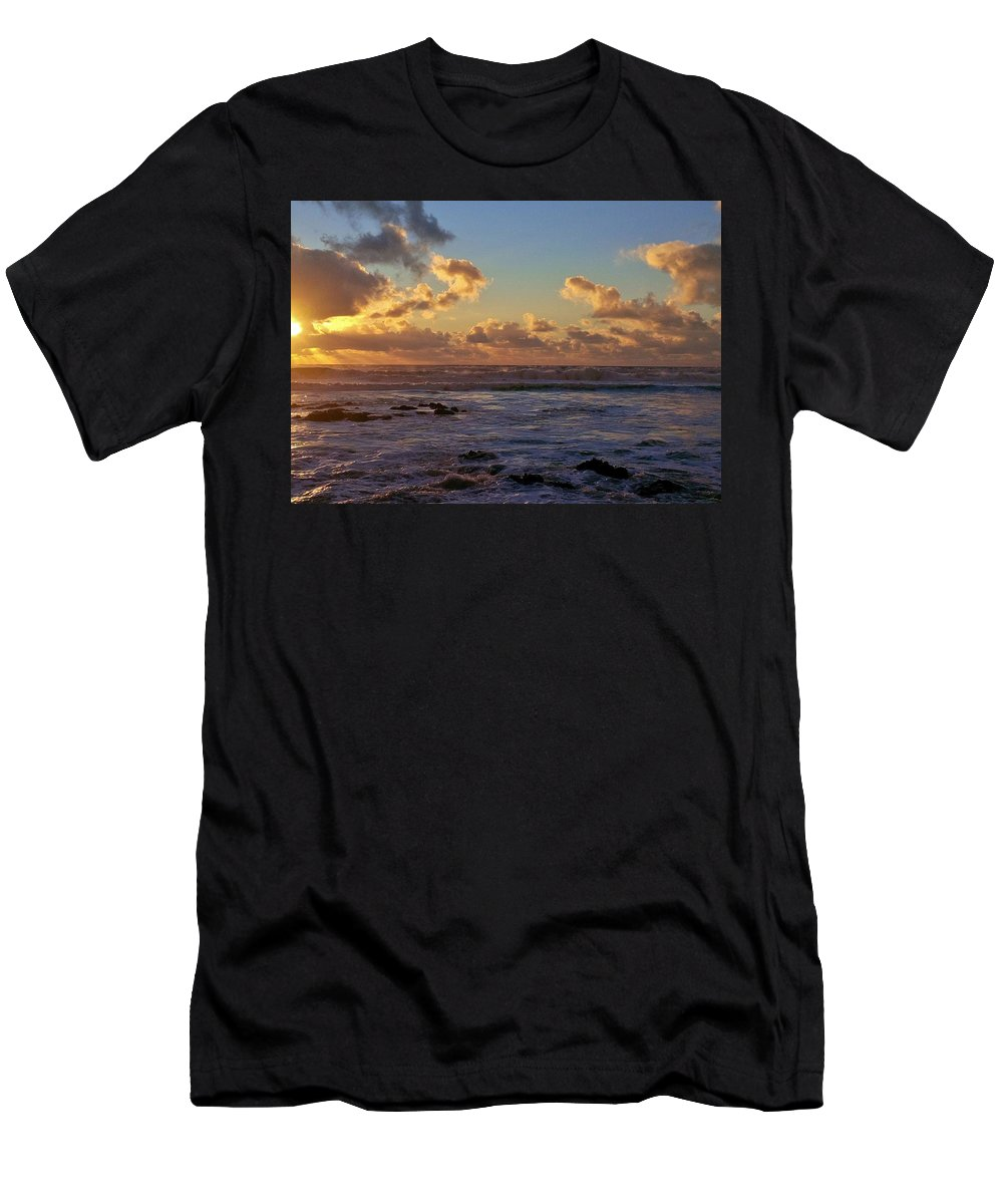 Sunset Men's T-Shirt (Athletic Fit) featuring the photograph Atlantic Sunset by Richard Brookes