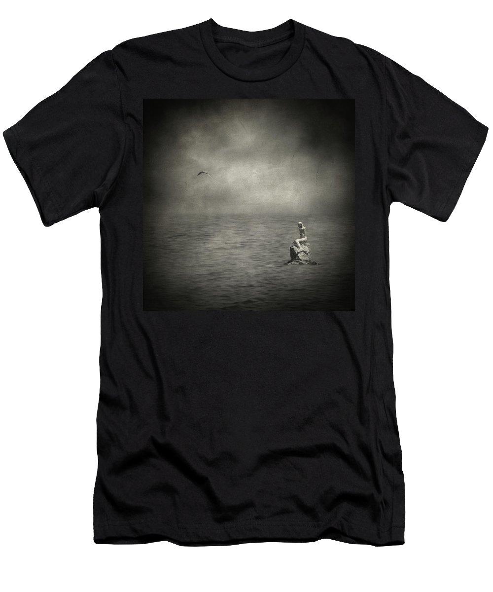Fine Art Photography Men's T-Shirt (Athletic Fit) featuring the photograph Ausencia Presencia Y Una Sirena by Zapista
