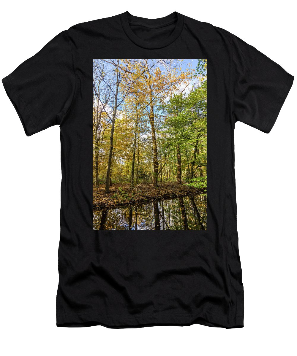 City Men's T-Shirt (Athletic Fit) featuring the photograph Autumn Color Reflections by Andrew Balcombe