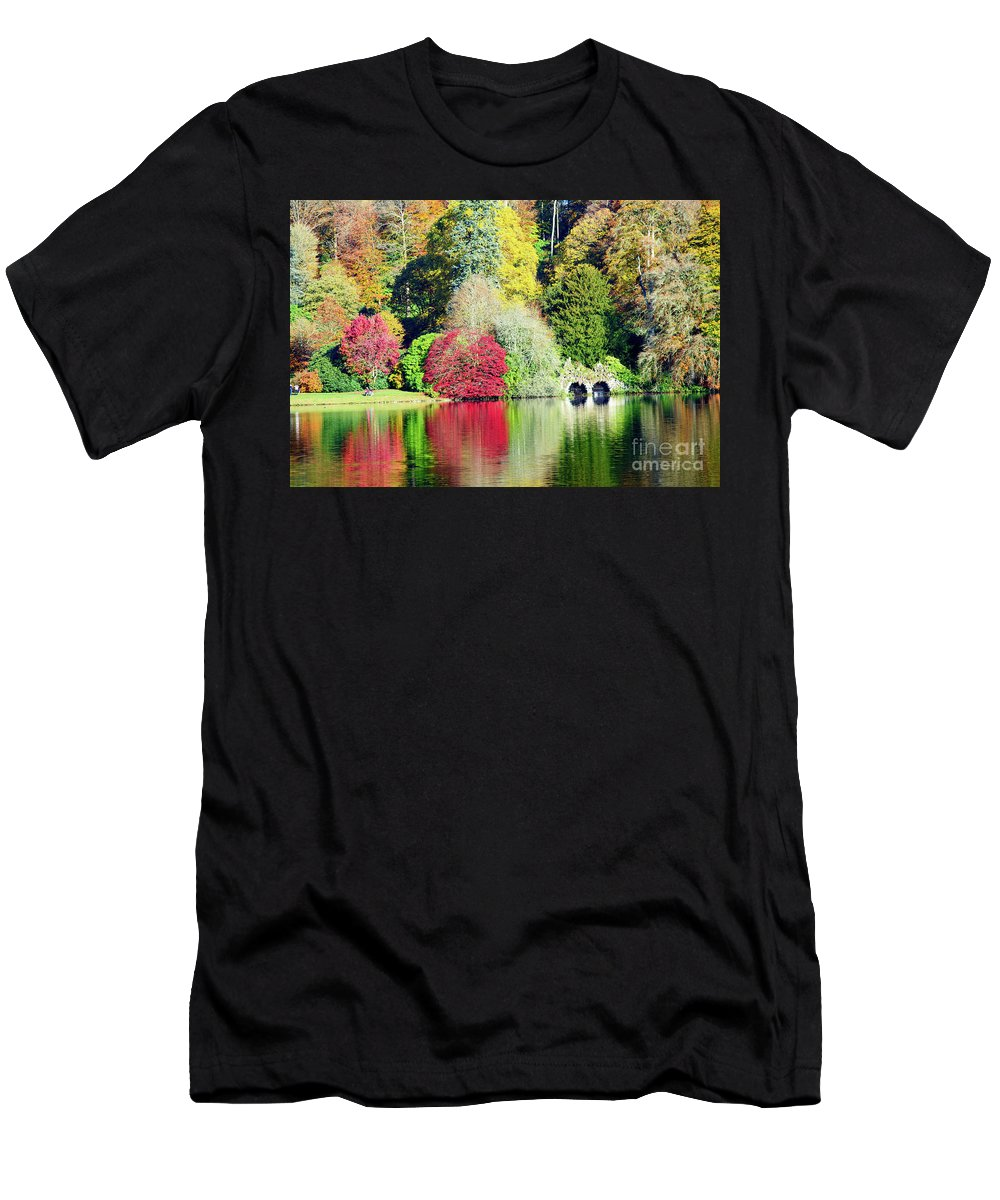 Autumn Men's T-Shirt (Athletic Fit) featuring the photograph Autumn Colours By The Lake by Colin Rayner