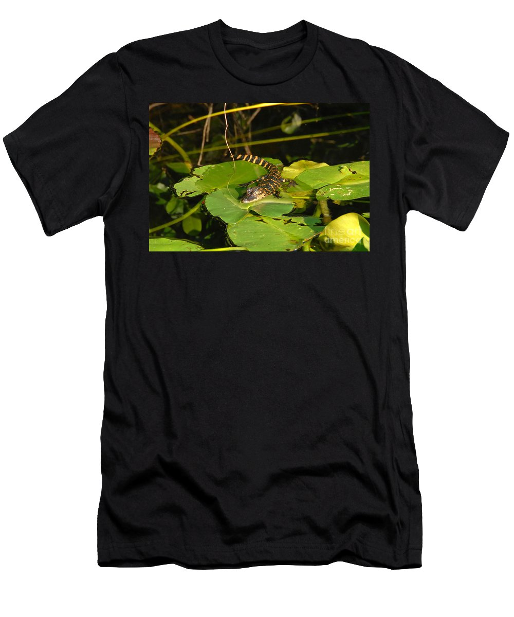 Baby Men's T-Shirt (Athletic Fit) featuring the photograph Baby Alligator by David Lee Thompson