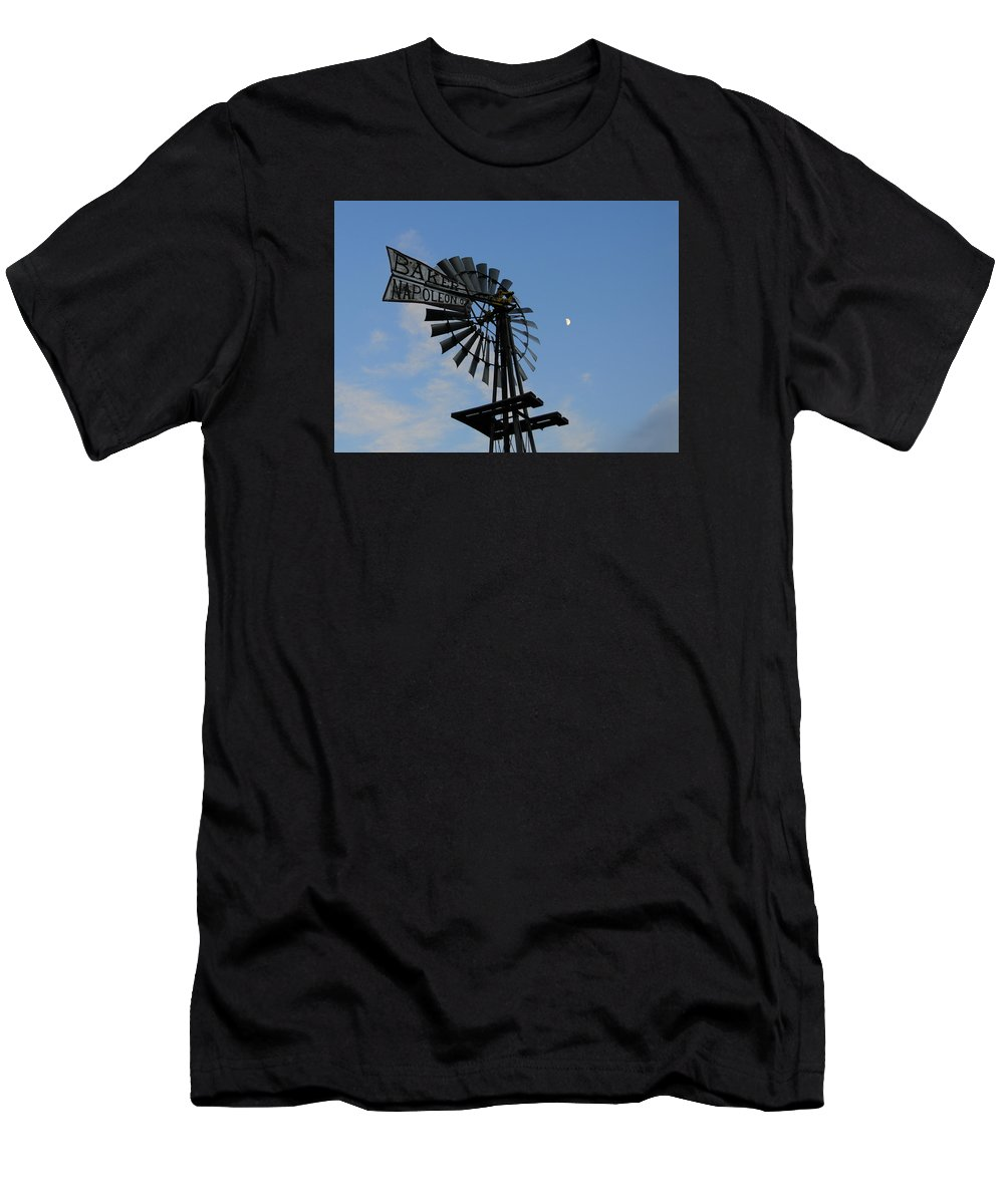 Windmill Men's T-Shirt (Athletic Fit) featuring the photograph Baker Napoleon And The Moon by David Arment