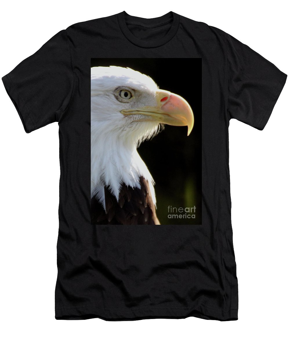 Animals Men's T-Shirt (Athletic Fit) featuring the photograph Bald Eagle by Alan Look