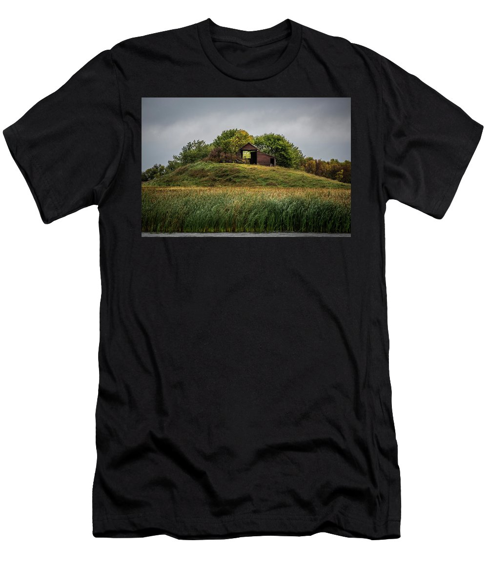Barn Men's T-Shirt (Athletic Fit) featuring the photograph Barn On Hill by Paul Freidlund