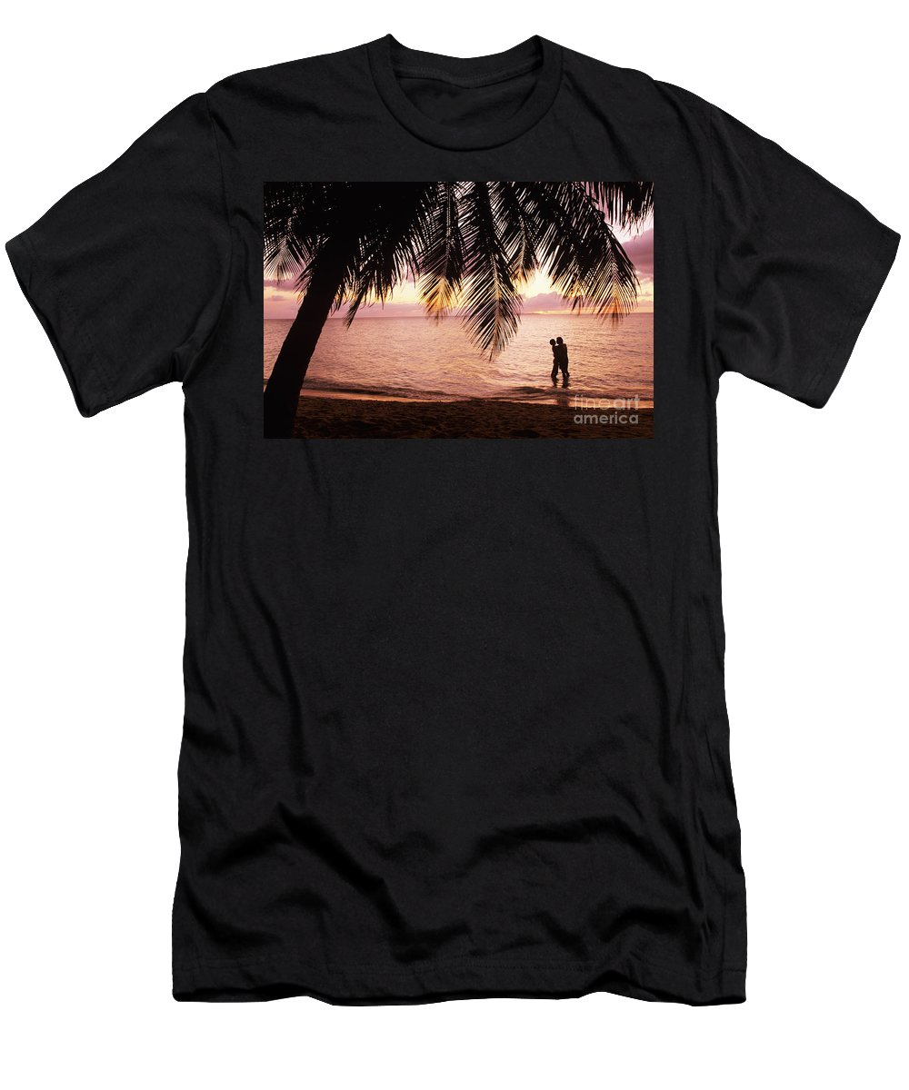Bay Islands Men's T-Shirt (Athletic Fit) featuring the photograph Bay Islands At Sunset by Larry Dale Gordon - Printscapes