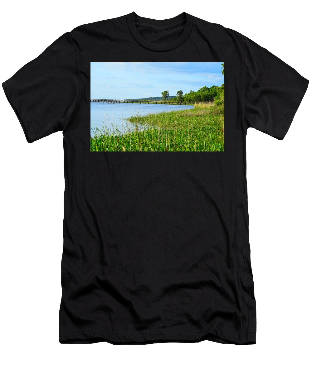 Landscape Men's T-Shirt (Athletic Fit) featuring the photograph Bay Relaxing by Amber Skinner