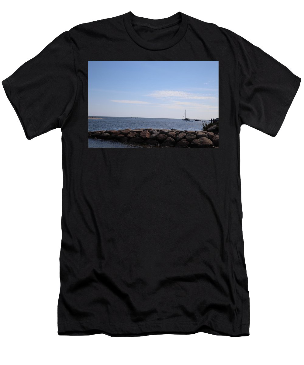 Ocean View Men's T-Shirt (Athletic Fit) featuring the photograph Beach Day 09-02-18 by Maurio Francois