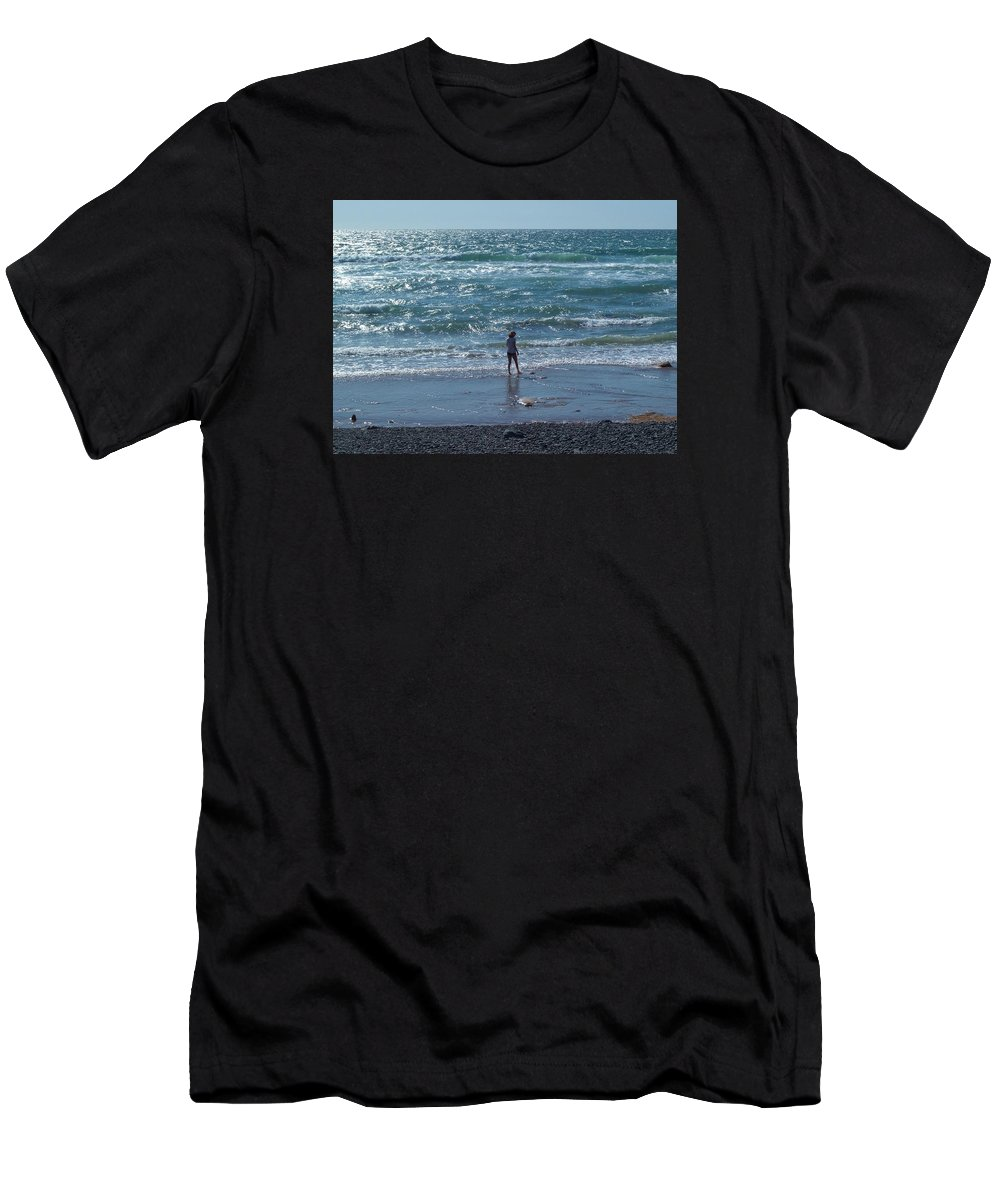 Beachcomber Men's T-Shirt (Athletic Fit) featuring the photograph Beachcomber by Richard Brookes