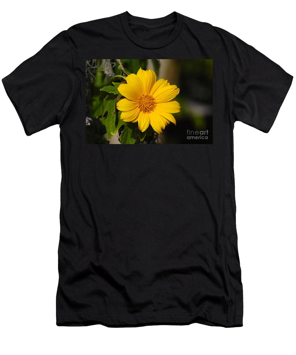 Yellow Men's T-Shirt (Athletic Fit) featuring the photograph Beautiful In Yellow by David Lee Thompson