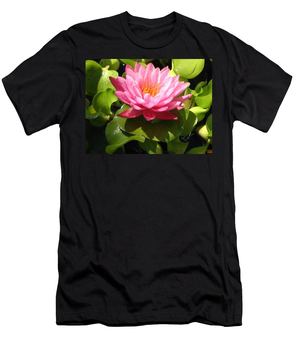 Nature Men's T-Shirt (Athletic Fit) featuring the photograph Beautiful by Line Gagne