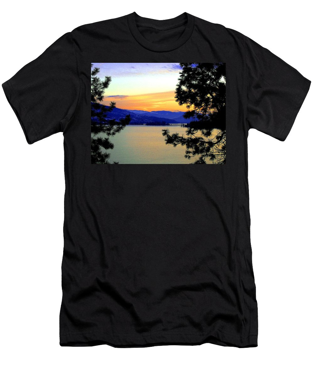 Oyama Men's T-Shirt (Athletic Fit) featuring the photograph Beautiful Oyama Isthmus by Will Borden