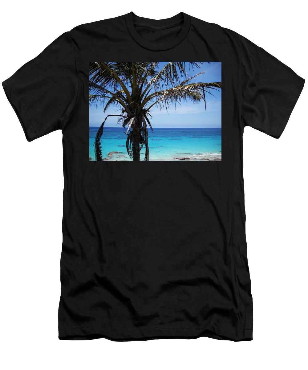 Bermuda Men's T-Shirt (Athletic Fit) featuring the photograph Bermuda Blues by Julia Raddatz