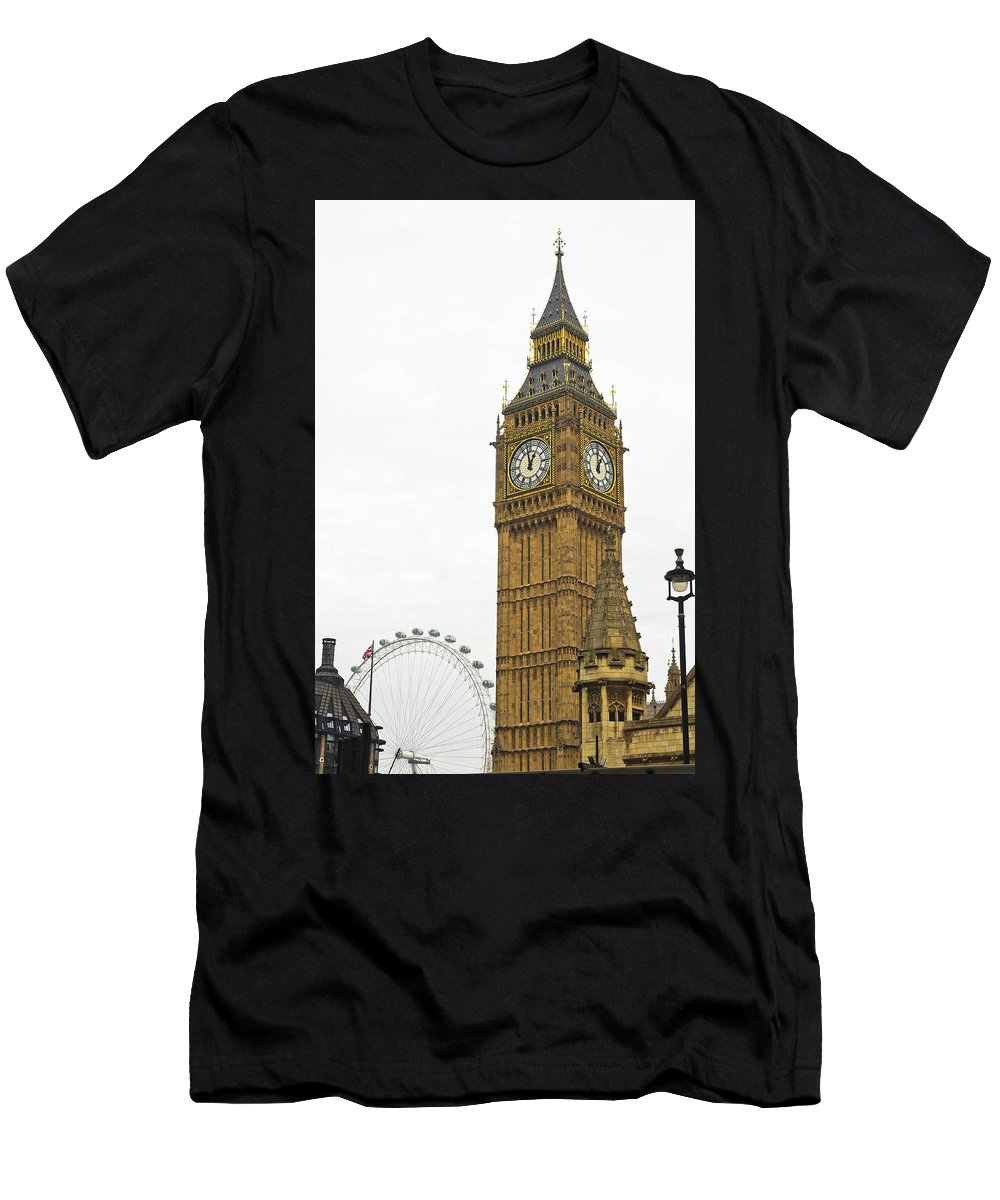 Big Ben Men's T-Shirt (Athletic Fit) featuring the photograph Big Ben by Wayne Heim