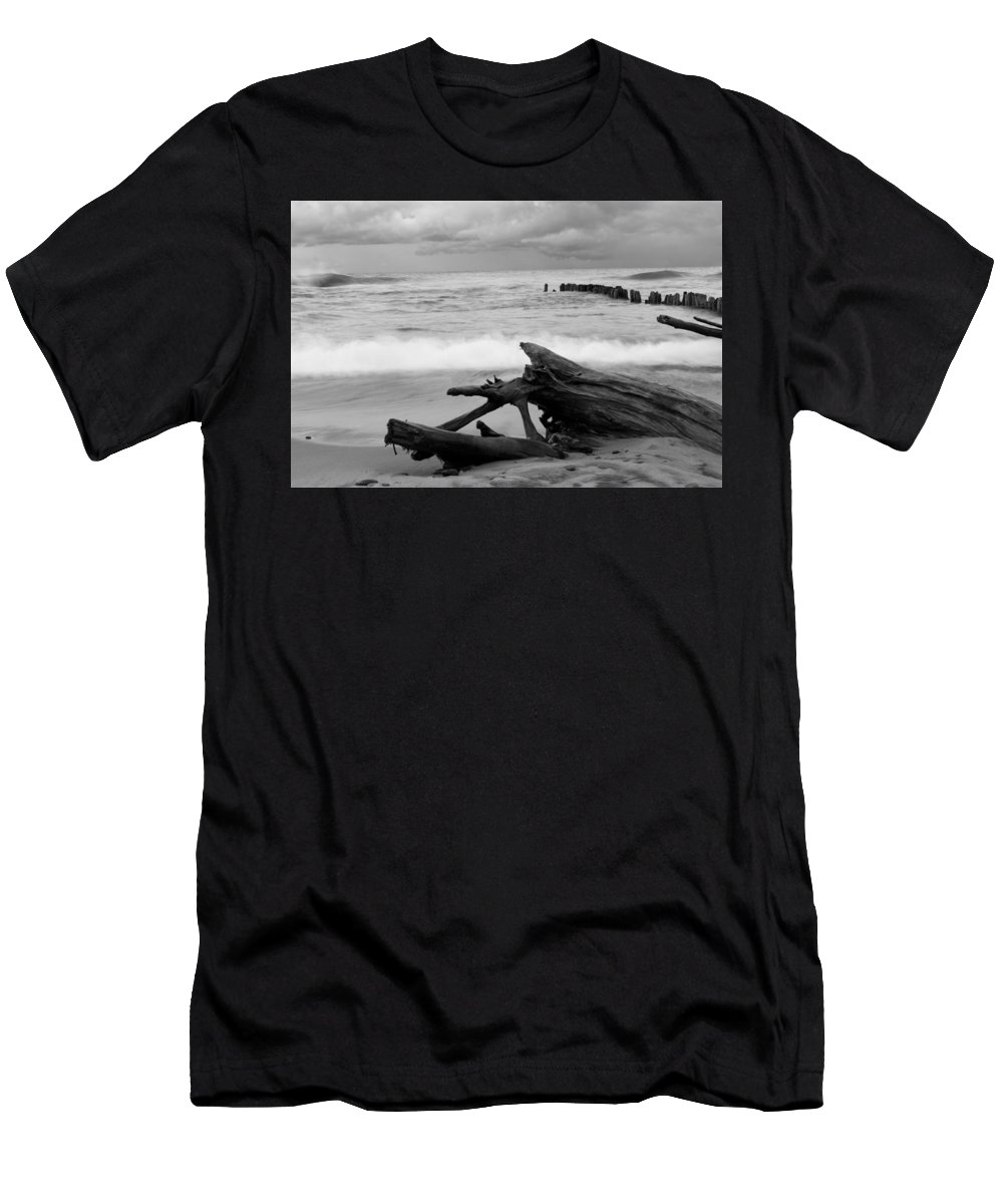 Driftwood Men's T-Shirt (Athletic Fit) featuring the photograph Black And White Driftwood At Whitefish Point by Devon Kotke