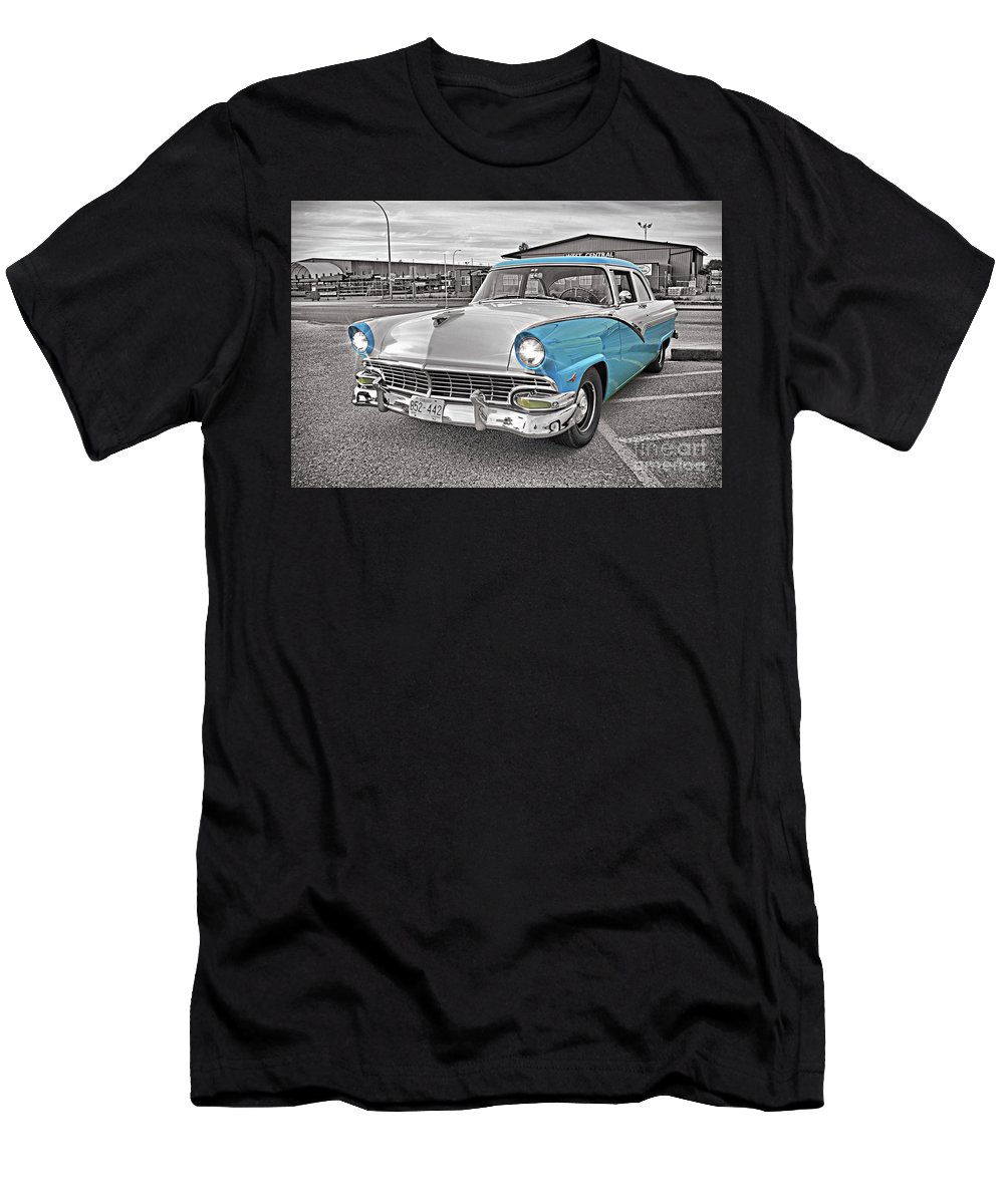 Cars Men's T-Shirt (Athletic Fit) featuring the photograph Black White And Blue by Randy Harris