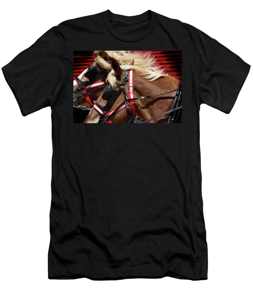 Western Art Men's T-Shirt (Athletic Fit) featuring the photograph Blinders On by Kim Henderson