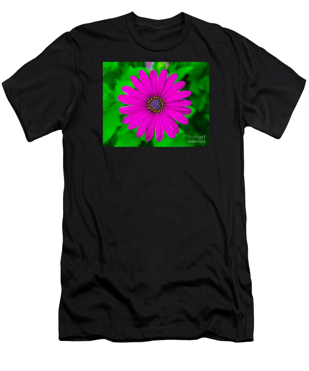 Flower Men's T-Shirt (Athletic Fit) featuring the photograph Blooming Purple by Robert Edgar