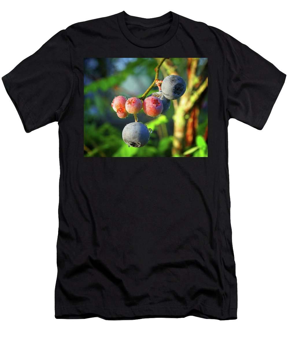 Men's T-Shirt (Athletic Fit) featuring the photograph Blueberry Morning by Randall Tosch