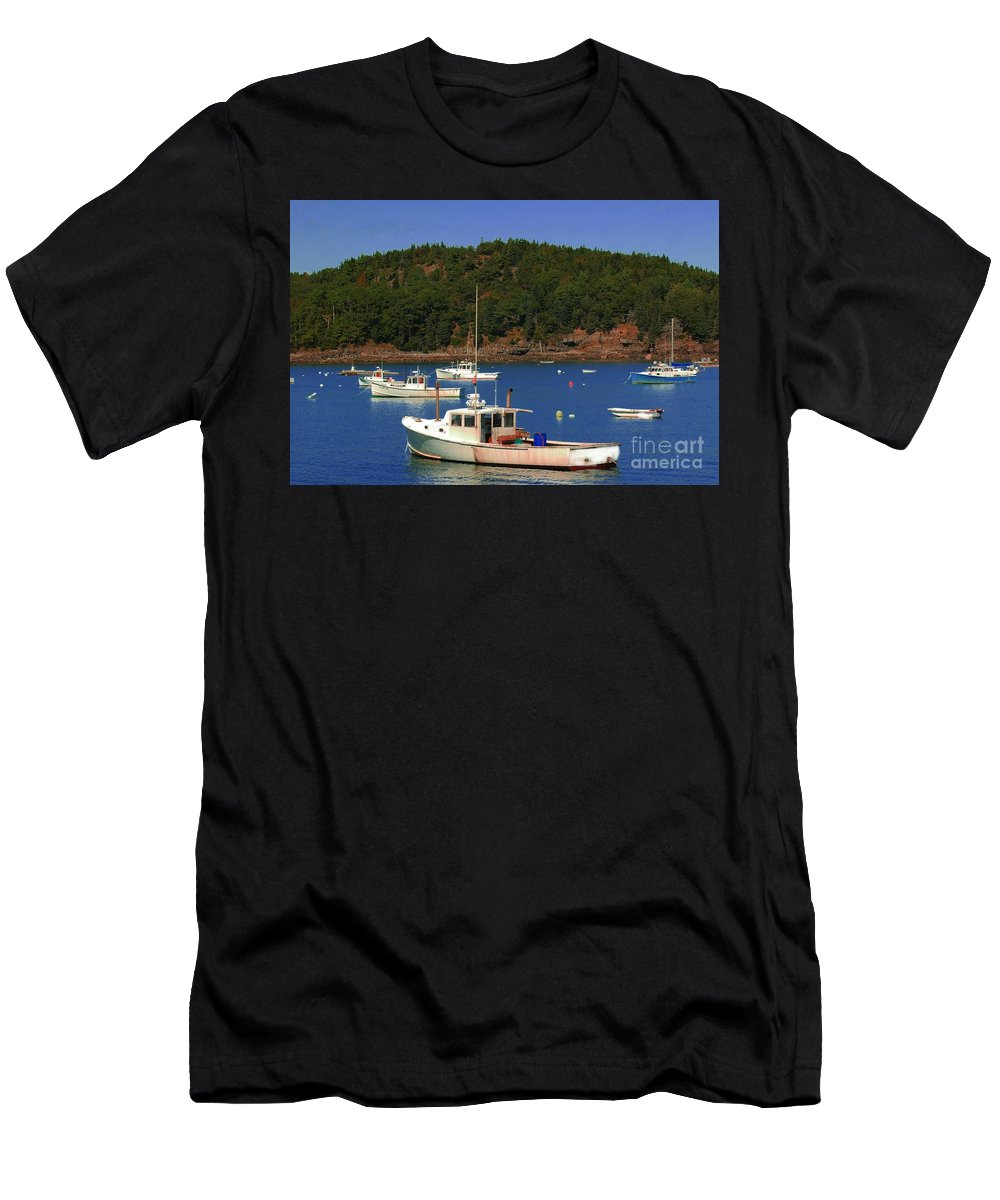 Boats Men's T-Shirt (Athletic Fit) featuring the photograph Boats At Bar Harbor by Kathleen Struckle