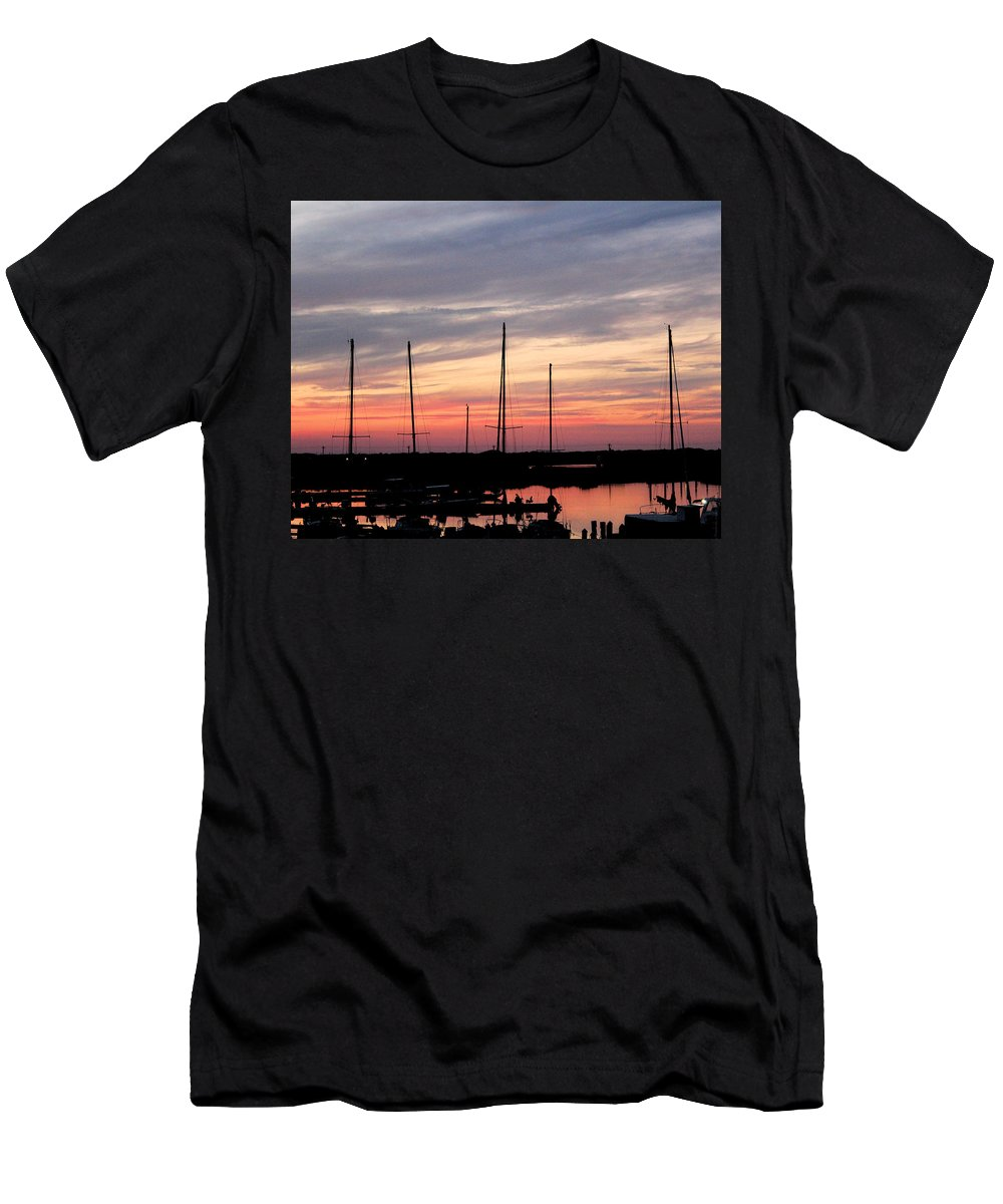 Seascape Men's T-Shirt (Athletic Fit) featuring the photograph Boats On The Bay by Traditionally Unique Photography